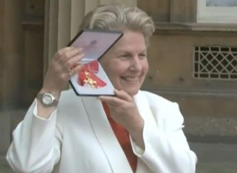News video: Sandi Toksvig Receives OBE at Buckingham Palace